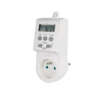 Skaitmeninis termostatas jungiamas į 220V elektros lizdą TS10